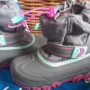 Other - Girls winter boots Waterproof, Insulated NEW